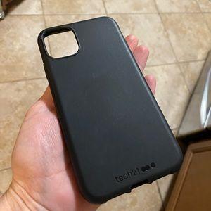 BRAND NEW Tech21 iPhone 11 Case